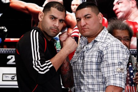 Molina_vs_arreola_medium