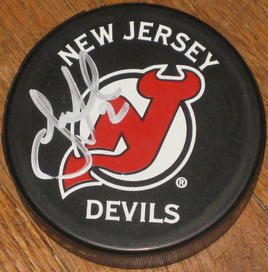 Jay_leach_puck_signed_ilwt_medium