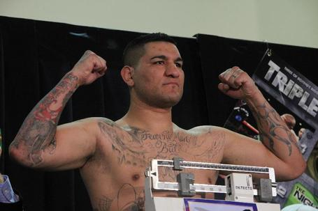 Chris_arreola_weigh-in_medium