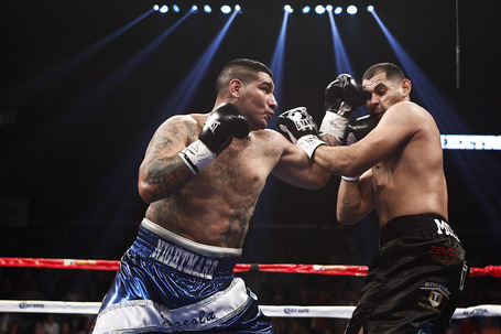 001_chris_arreola_vs_eric_molina_medium