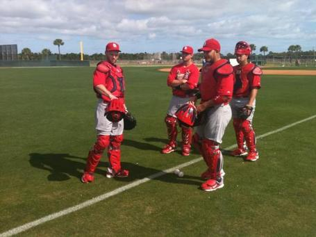 Cardinals_catchers_discussing_masks_medium