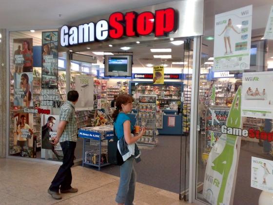 Gamestop_store_front_cc_moe_560