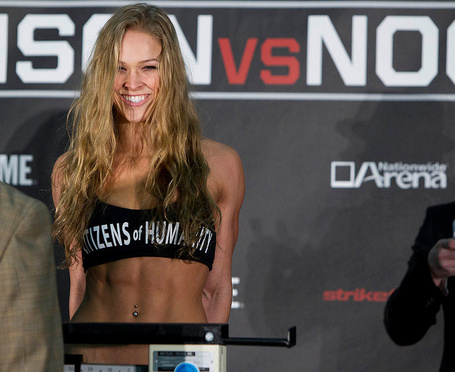 Rousey_weigh_in_medium