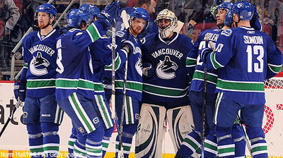 Canucks_celebrate_courtesy_400_medium
