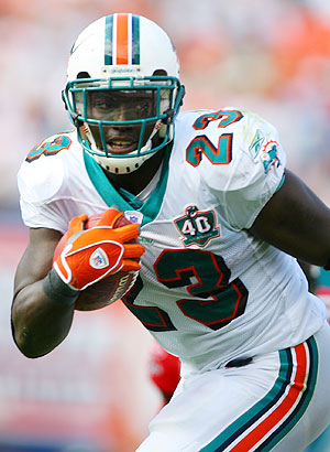 Tx_ronnie_brown_rosato_medium