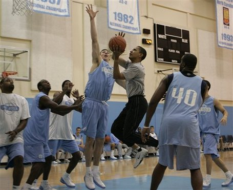 Obama-and-unc-basketball_medium
