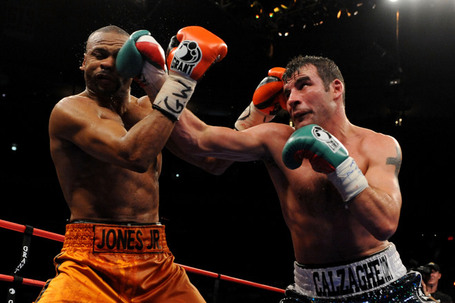 Ede6c6710c6689ad2ab36ea15be345ce-getty-82048252jm019_joe_calzaghe__medium