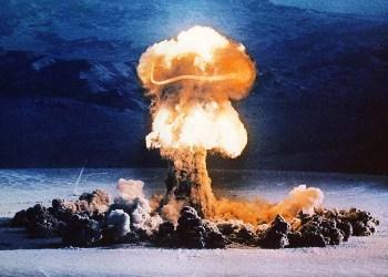 Atomic_20explosion_20-_204_medium