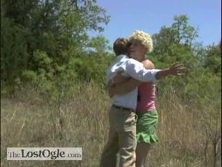 Blake-griffin-girl-hug_medium