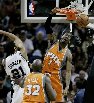 08playoffamaredunk_medium