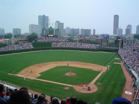 Wrigley_field_medium