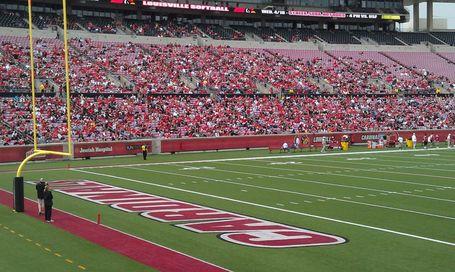 Rutgers Louisville Lead Big East In Spring Football Game Attendance Big East Coast Bias