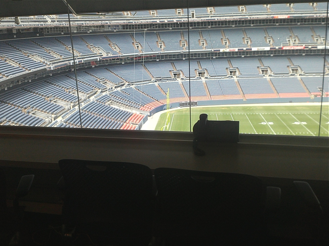 Kb Invades Denver Sports Authority Field At Mile High