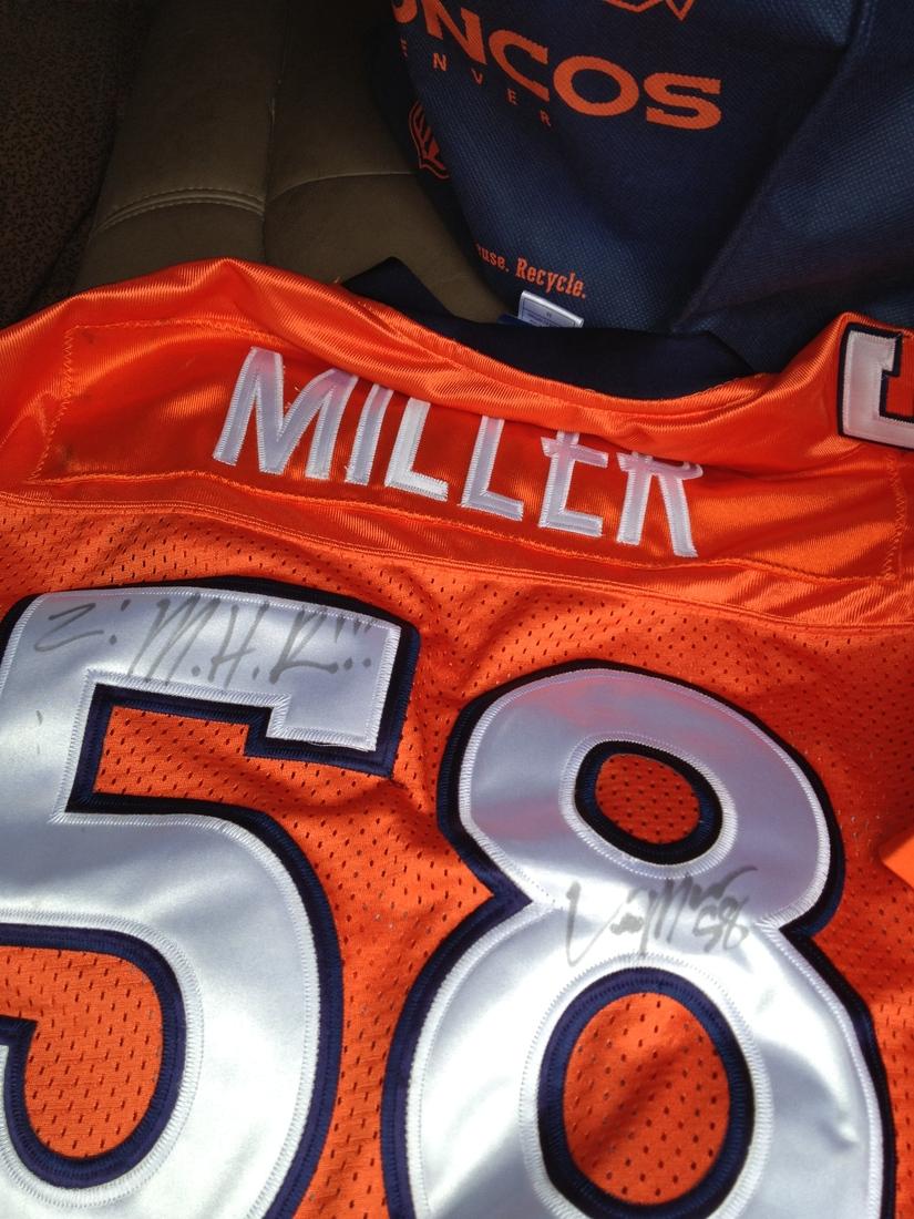 new arrival 90509 5806c von miller signed jersey
