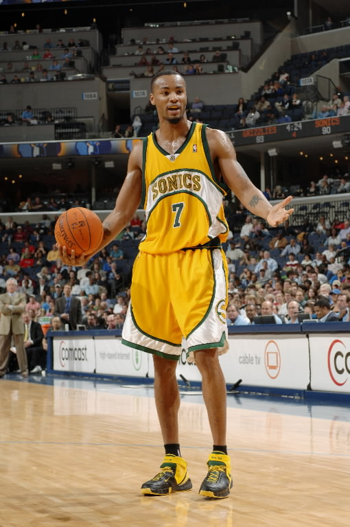 premium selection 5c60d 00d1d The Ten Greatest Players In Supersonics History - #6 ...