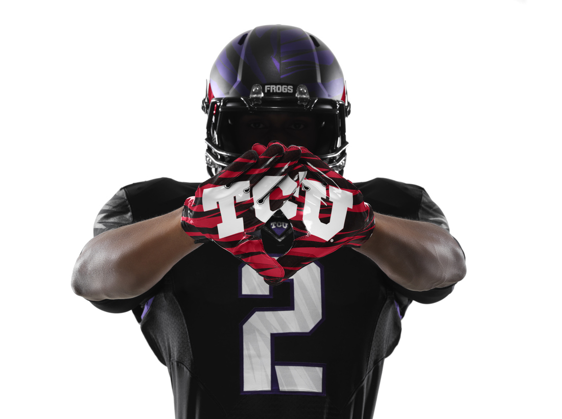 2013 Tcu Football Uniforms By Nike Hi Res Photos Frogs