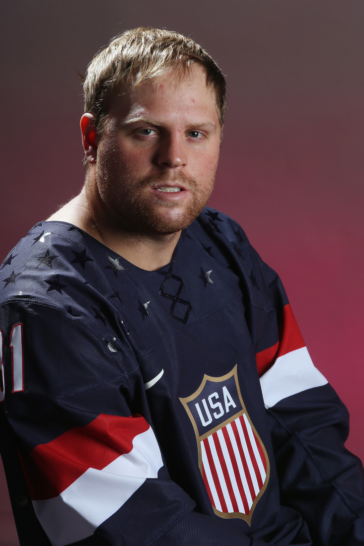 0f05e1c7d RW - Phil Kessel, Chief Wiggum won't allow him into arena because he think  he's a fan.
