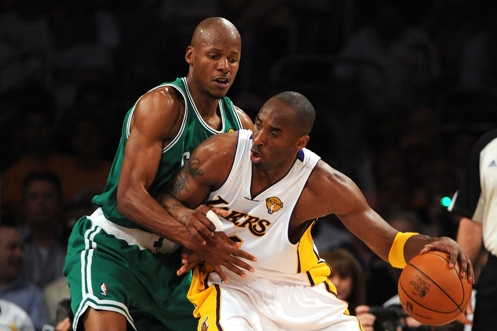 Kobe bryant and ray allen fist