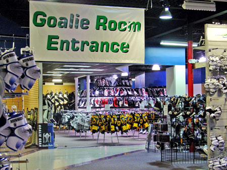 od7hqmy0z9642.gq is an online ice hockey and roller hockey equipment retailer. Other than offering equipment, the store also provides skate sharpening, holder and chassis mounting and hockey jersey customization services.
