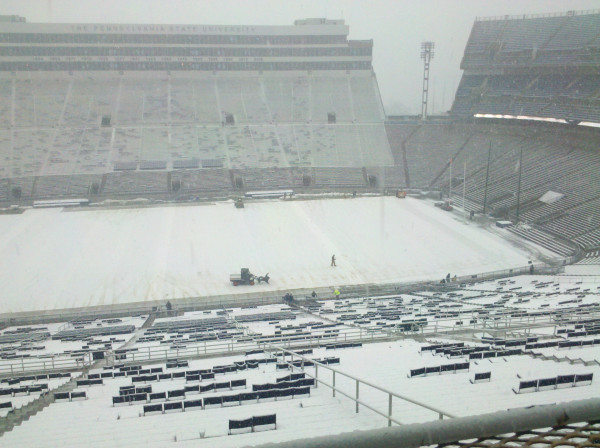 Photo For Illinois Vs Penn State Snow Football Is In