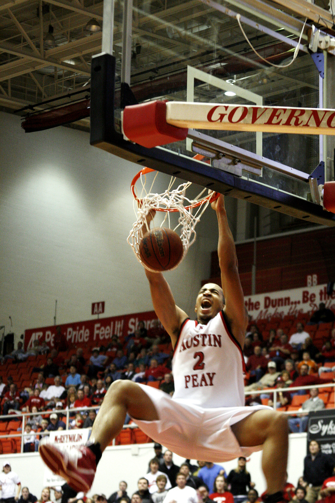 Brief Austin Peay Preview Card Chronicle